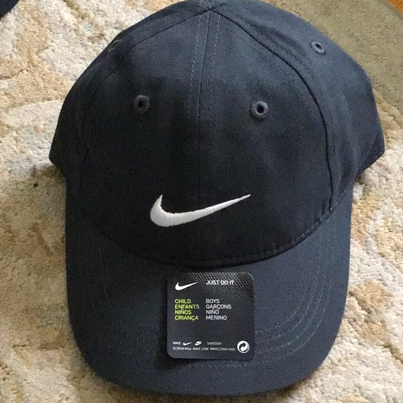 NWT Nike Gray Hat Child Size Hat